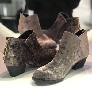Shoes - Grey Velvet bootie